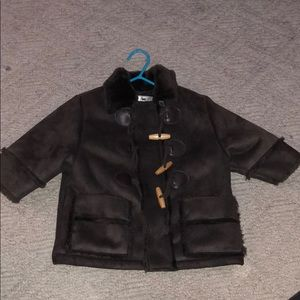 Widgeon size 12 month toggle and zip coat